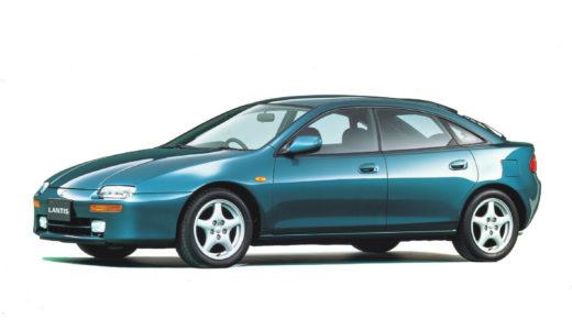 マツダの隠れた名車・ランティス。コンパクトなボディにV6を搭載した異端児、そのスポーティな走りの魅力とは?